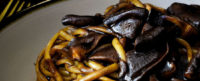 Linguine all'aglio nero di Voghiera con funghi shitake
